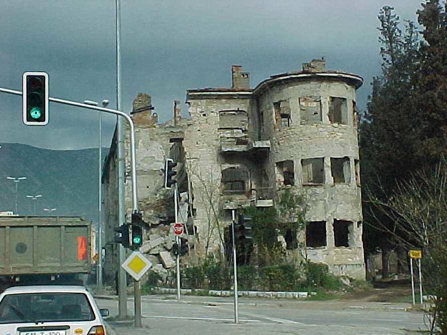 49 - Ruines